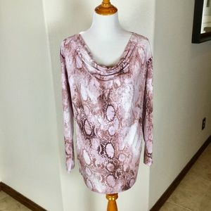Queen Collection Tunic Top Size M